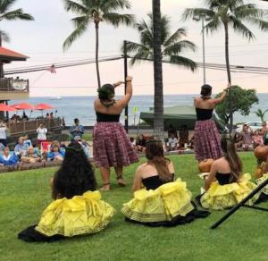 Hawaiian Sunset Saturday  @ Coconut Grove Marketplace  | Kailua-Kona | Hawaii | United States